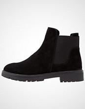 KIOMI Støvletter black