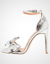 BEBO BECKI  Sandaler med høye hæler silver