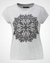 Even&Odd Tshirts med print grey melange