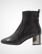 Carvela STRUDEL  Støvletter black