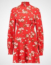 Fashion Union BUNNY HIGH NECK Sommerkjole red