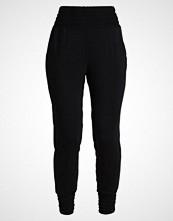 Curare Yogawear SMOK Treningsbukser black