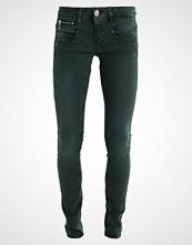 Freeman T. Porter NELYA Slim fit jeans green gables