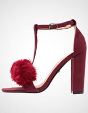 Buffalo Sandaler med høye hæler burgundy
