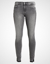 Calvin Klein MID RISE SKINNY TWISTED Jeans Skinny Fit grey clay