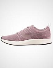 Nike Sportswear DUALTONE RACER Joggesko taupe grey/plum fog/sail/black
