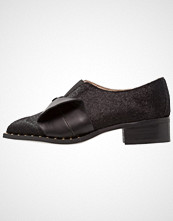 Lost Ink JAY 3D BOW  Slippers black