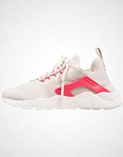 Nike Sportswear AIR HUARACHE RUN ULTRA Joggesko light orewood brown/siren red/sail