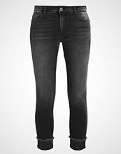 Only ONLCARMEN REG CROP FOLD RAW REA Jeans Skinny Fit black denim