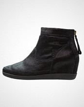 Shoe The Bear EMMY Ankelboots black