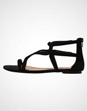Call It Spring DELRE Sandaler black velvet