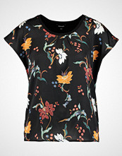 More & More Tshirts med print black multi