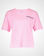 Only ONLGIRLBOSS EMBROIDERY FOLD UP Tshirts med print prism pink