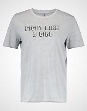 Only ONLQUIN PRINT  Tshirts med print light grey melange