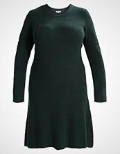 Anna Field Curvy Strikket kjole scarab