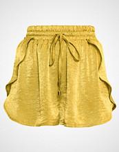 Missguided LONDUNN Shorts lime
