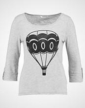 Only ONLJESS AIRBALLON Topper langermet light grey melange/black airballon