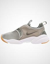 Nike Sportswear LODEN Joggesko dark stucco/river rock/light brown/white