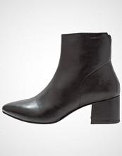 Vagabond MYA Støvletter black