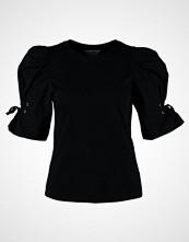 Miss Selfridge POPLIN VOLUME SLV  Tshirts med print black