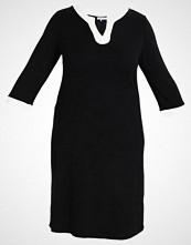Anna Field Curvy Jerseykjole black/white