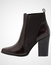 ONLY SHOES ONLBLUE HEELED BOOTIE Ankelboots med høye hæler bordeaux