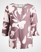 Cartoon Bluser rose