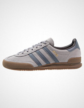 Adidas Originals JEANS Joggesko grey/onix/core black