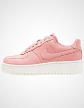 Nike Sportswear AIR FORCE ONE UPSTEP Joggesko red stardust/silt