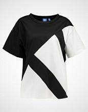 Adidas Originals EQUIPMENT Tshirts med print black/white