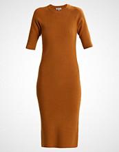 Selected Femme SFINETTA  Strikket kjole golden brown