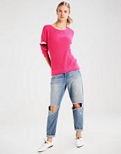 Hollister Co. Jumper med pink