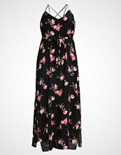 New Look Curves SPUN CROSS BACK Fotsid kjole black pattern