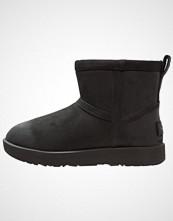 UGG Australia CLASSIC MINI WATERPROOF Støvletter black