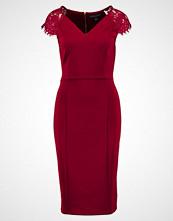 Dorothy Perkins Tall SLEEVE FIT & FLARE Hverdagskjole burgundy