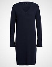 More & More Strikket kjole marine