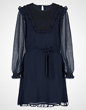 Scotch & Soda DRESS WITH EMBROIDERED BIB AND RUFFLE DETAILS Sommerkjole night