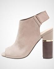 ALDO ARESSA Sandaler med høye hæler grey