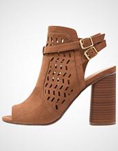 Madden Girl ADDY Sandaler med høye hæler chestnut