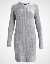 Object OBJNONSIA  Strikket kjole light grey melange