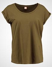 Custommade LONNIE Tshirts dark olive