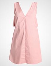 Missguided Petite Sommerkjole dusk pink