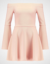 Oh My Love OFF THE SHOULDER SKATER DRESS Jerseykjole nude