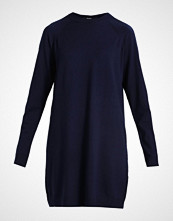 Vero Moda VMBURLINGAME SVEA Strikket kjole navy blazer