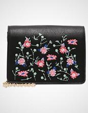 Vero Moda VMBIA SMALL FLOWERS Skulderveske black