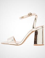 ALDO ARGENTI Sandaler med høye hæler gold