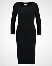 Zalando Essentials Strikket kjole black