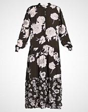 Moss Copenhagen CAMP MIRAM DRESS Fotsid kjole rosely print