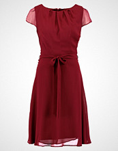 Dorothy Perkins Tall SOFT BELTED  Cocktailkjole mulberry