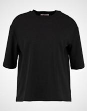 Moss Copenhagen TOKYO TENCEL  Tshirts black